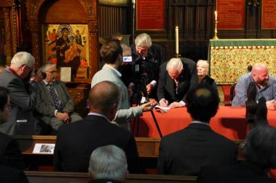 Carmen in 500th year sign with diocese for their new Livery Hall at St Dunstan's, Fleet Street.