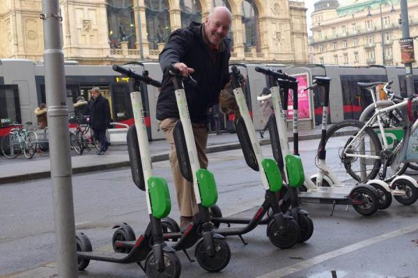 IOC chairman Carl Lomas takes a look at scooter travel in Vienna.