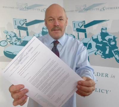 Institute of Couriers ask ministers for express courier vaccination priority
